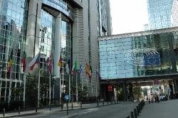 Многоезичие и равни права в Европейския съюз: ролята на жестовите езици_1