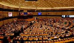 Многоезичие и равни права в Европейския съюз: ролята на жестовите езици_4